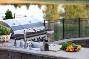 If an outdoor kitchen has been part of your holiday wish list year after year, it's time to make that dream a reality.