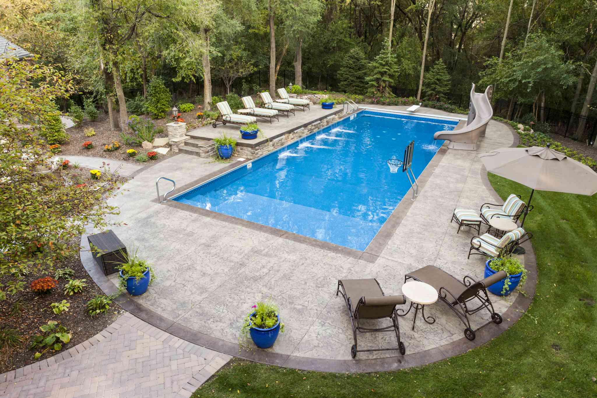 What to Consider When Building an Inground Pool
