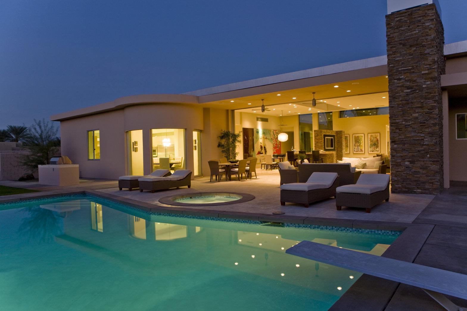 pools saltwater vs chlorine your project loan. Black Bedroom Furniture Sets. Home Design Ideas