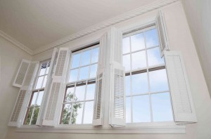This winter, replace the windows to keep your home warm and comfortable!